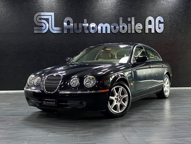 saloon Jaguar S-Type 2.7d V6 Executive