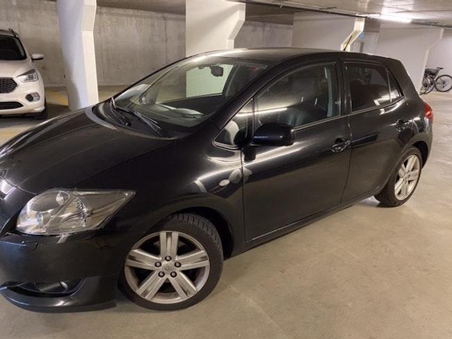saloon Toyota Auris 2.2 D-4D Linea Sol Premium
