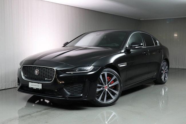 saloon Jaguar XE 2.0 T 300 R-Dynamic SE AWD