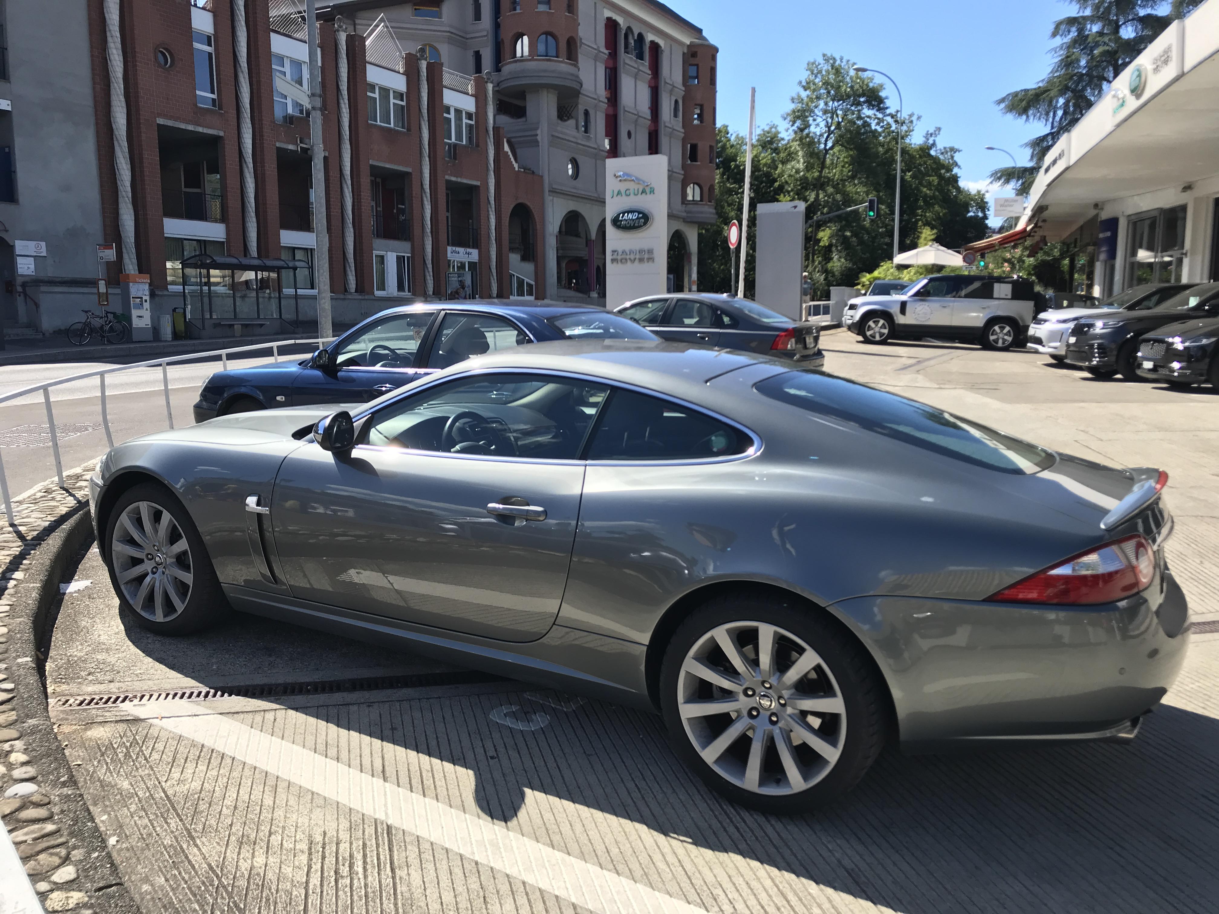 sportscar Jaguar XK Coupé 4.2 V8