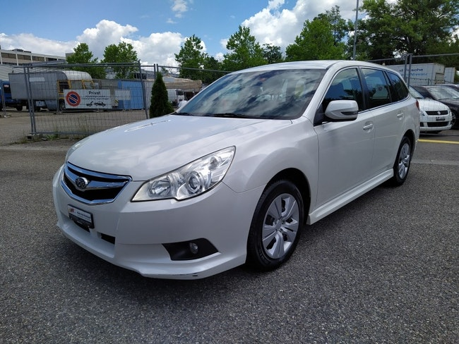estate Subaru Legacy Station 2.0i Swiss