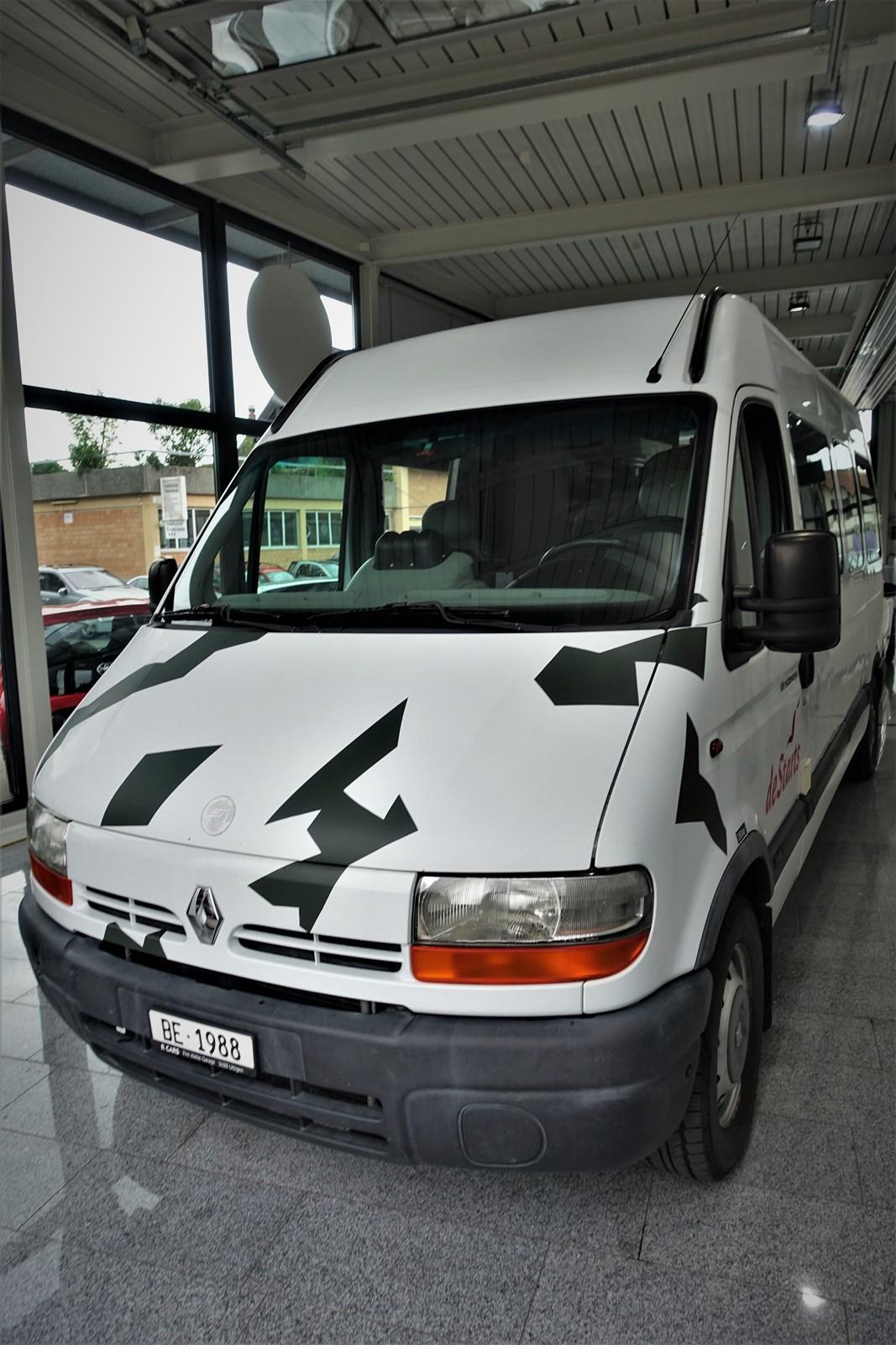 bus Renault Master T35 2.8TDI