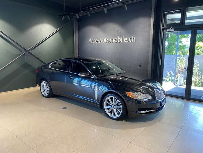 saloon Jaguar XF 3.0d V6 Luxury