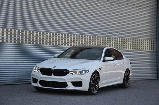 saloon BMW 5er M5 xDrive First Edition Drivelogic