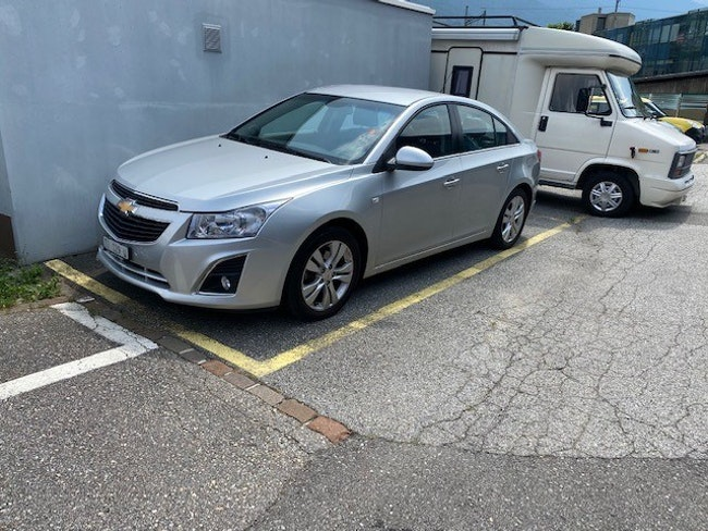 saloon Chevrolet Cruze 2.0 VCDi LTZ Automatic