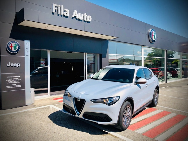 suv Alfa Romeo Stelvio 2.0 Q4 200cv Business