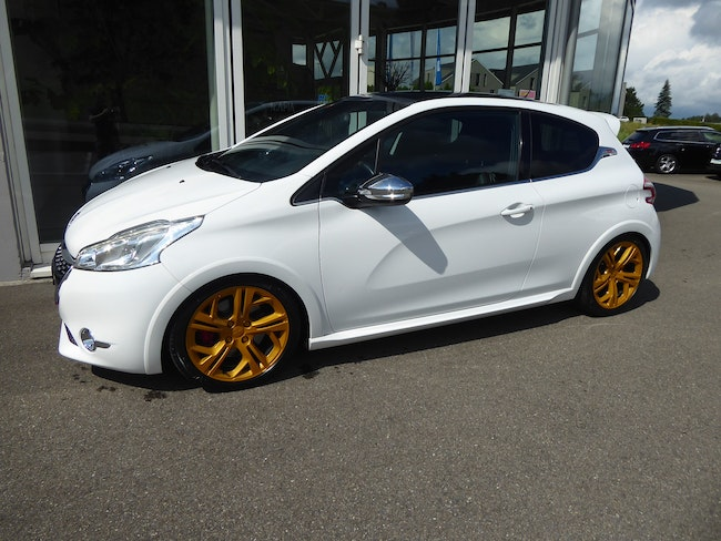 saloon Peugeot 208 1.6 Turbo GTi