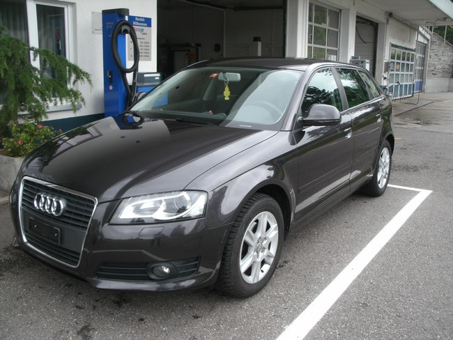 saloon Audi A3 Sportback 1.4 T FSI Attraction