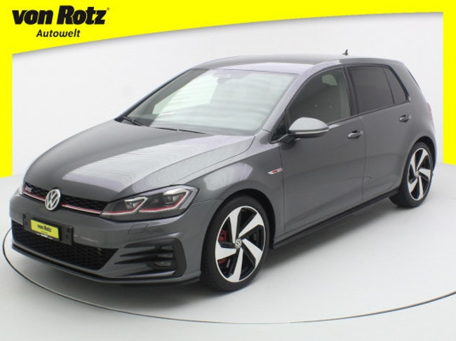 saloon VW Golf 2.0 TSI GTI Perform