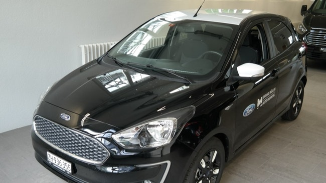 saloon Ford Ka+ + 1.2 Black Edition