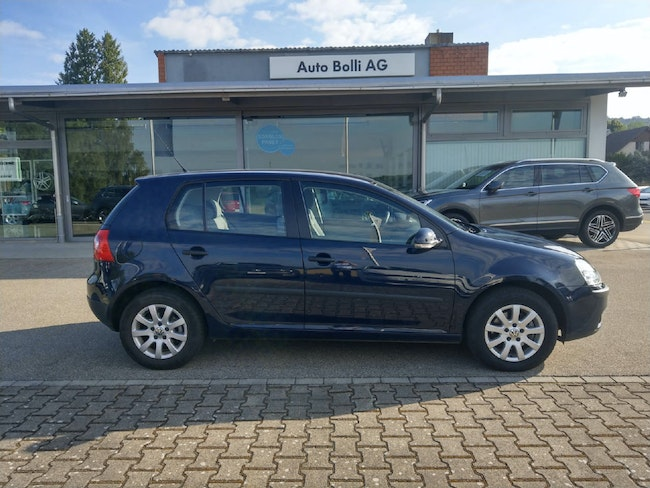saloon VW Golf V 2.0 TDI DPF Comfl. 4motion