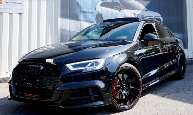 saloon Audi S3 / RS3 S3 Sedan 2.0 TFSI quattro S-tronic ***RS3 Look***