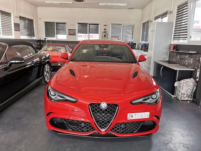 saloon Alfa Romeo Giulia 2.9 V6 Quadrifoglio Automatic