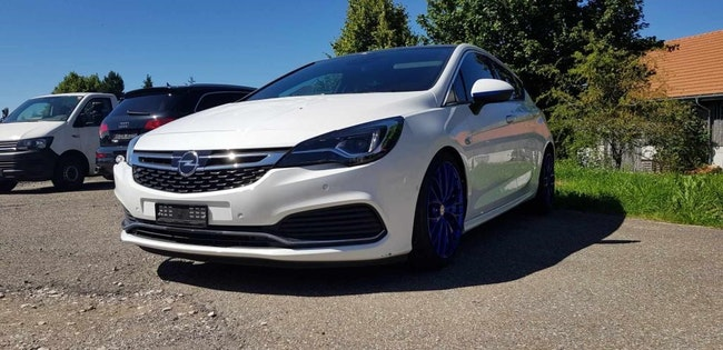 saloon Opel Astra 1.6i Turbo OPC Line Automatic