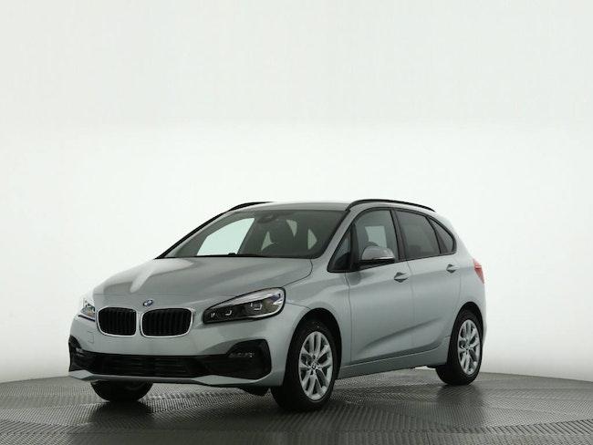 van BMW 2er 220d xDrive SAG