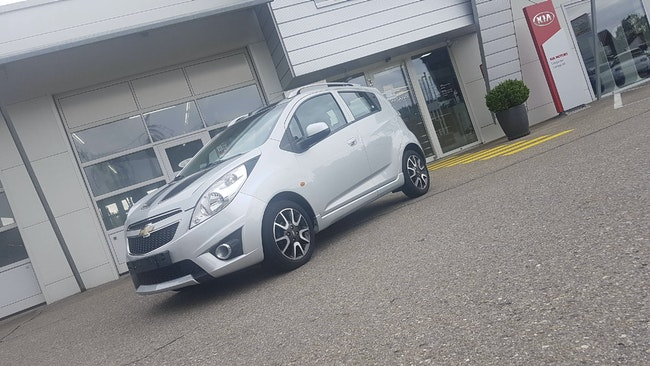 saloon Chevrolet Spark 1.2 16V 100 Edition