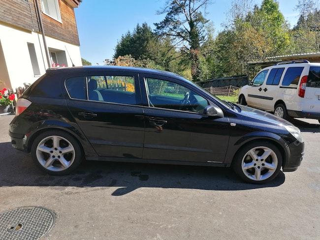 saloon Opel Astra GTC 2.0 16V 170 Turbo Cosmo