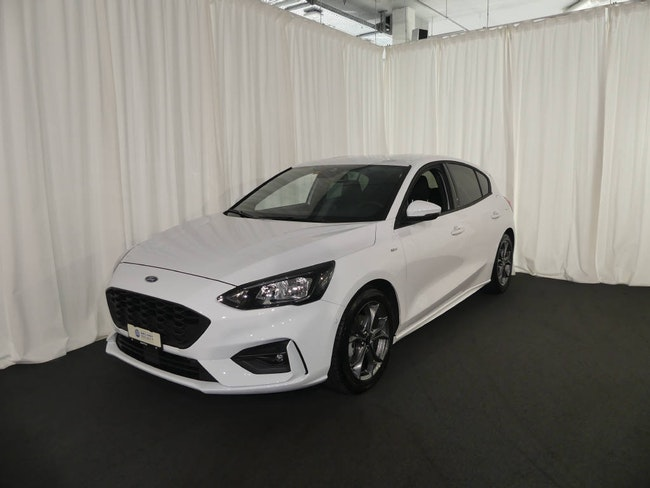 saloon Ford Focus 1.5i EcoB SCTi 182 ST-Line