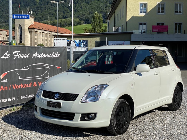 saloon Suzuki Swift 1.3i 16V GL 4x4