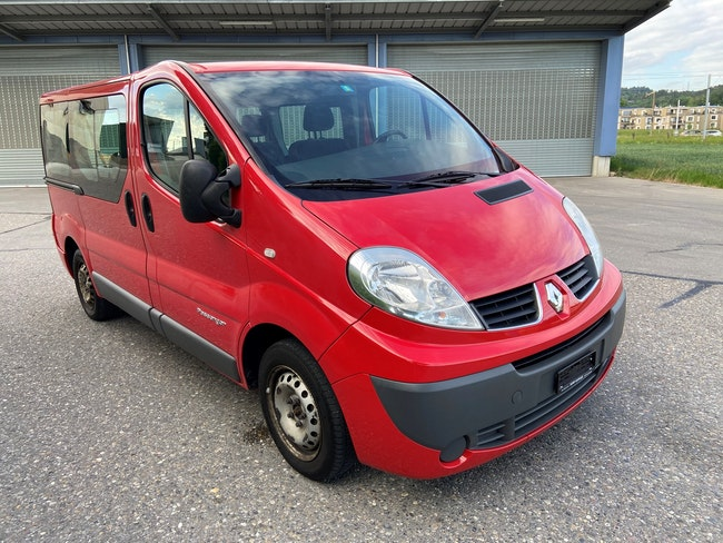 bus Renault Trafic 2.0 dCi 115 A 2.7t L1H1 Expression