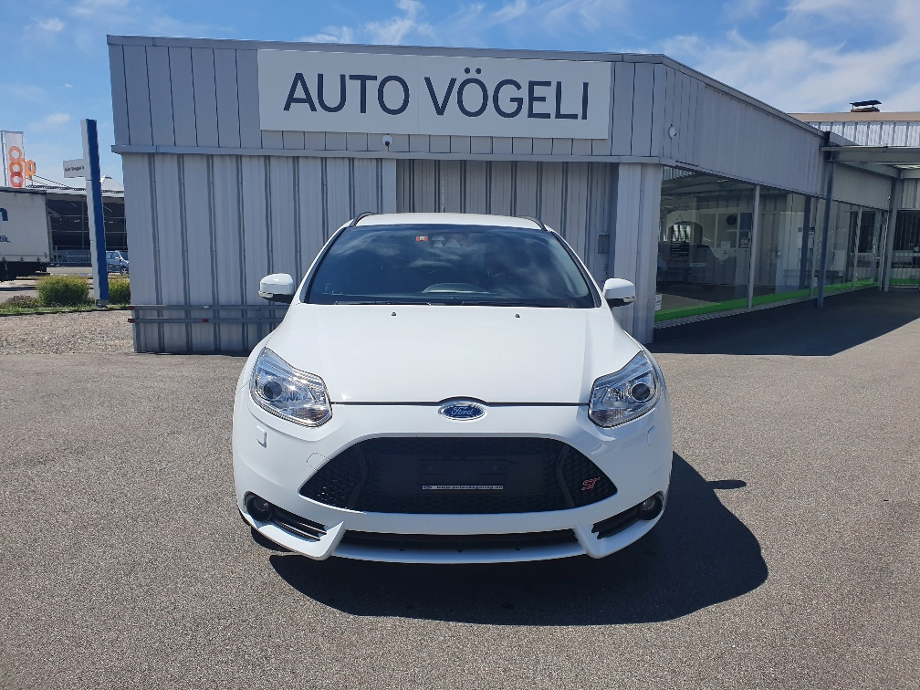 estate Ford Focus Station Wagon 2.0i EcoB SCTi ST-2