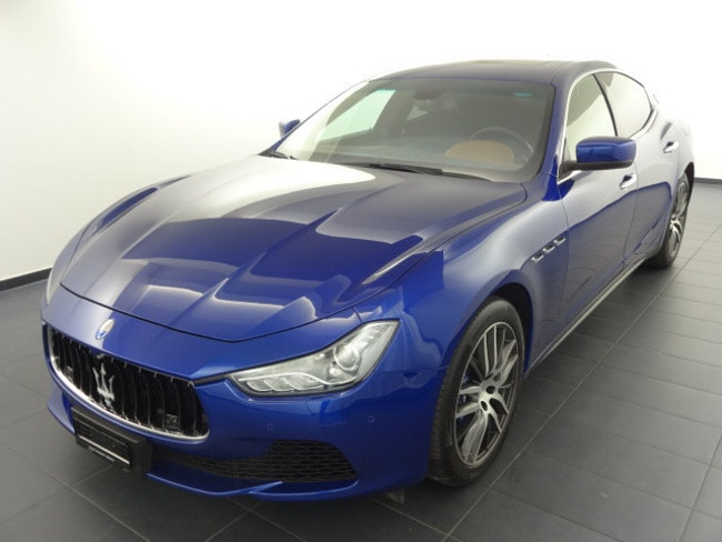 saloon Maserati Ghibli S Q4 3.0 V6