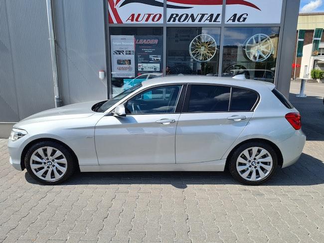 saloon BMW 1er 120d xDrive Sport Line Steptronic