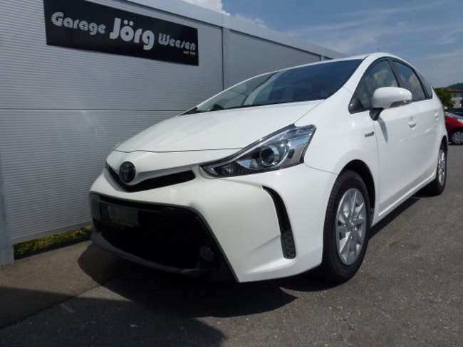 estate Toyota Prius+ + 1.8VVT-i HSD Style