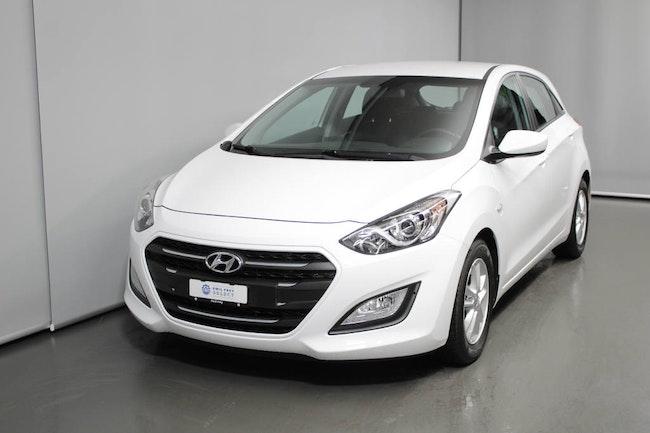 saloon Hyundai i30 1.6 CRDi Origo