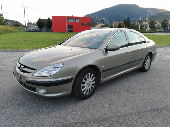 saloon Peugeot 607 3.0 24V Luxe