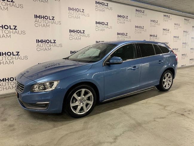 estate Volvo V60 2.4 D5 Momentum AWD