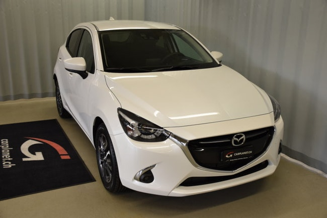saloon Mazda 2 1.5 90 Revolution