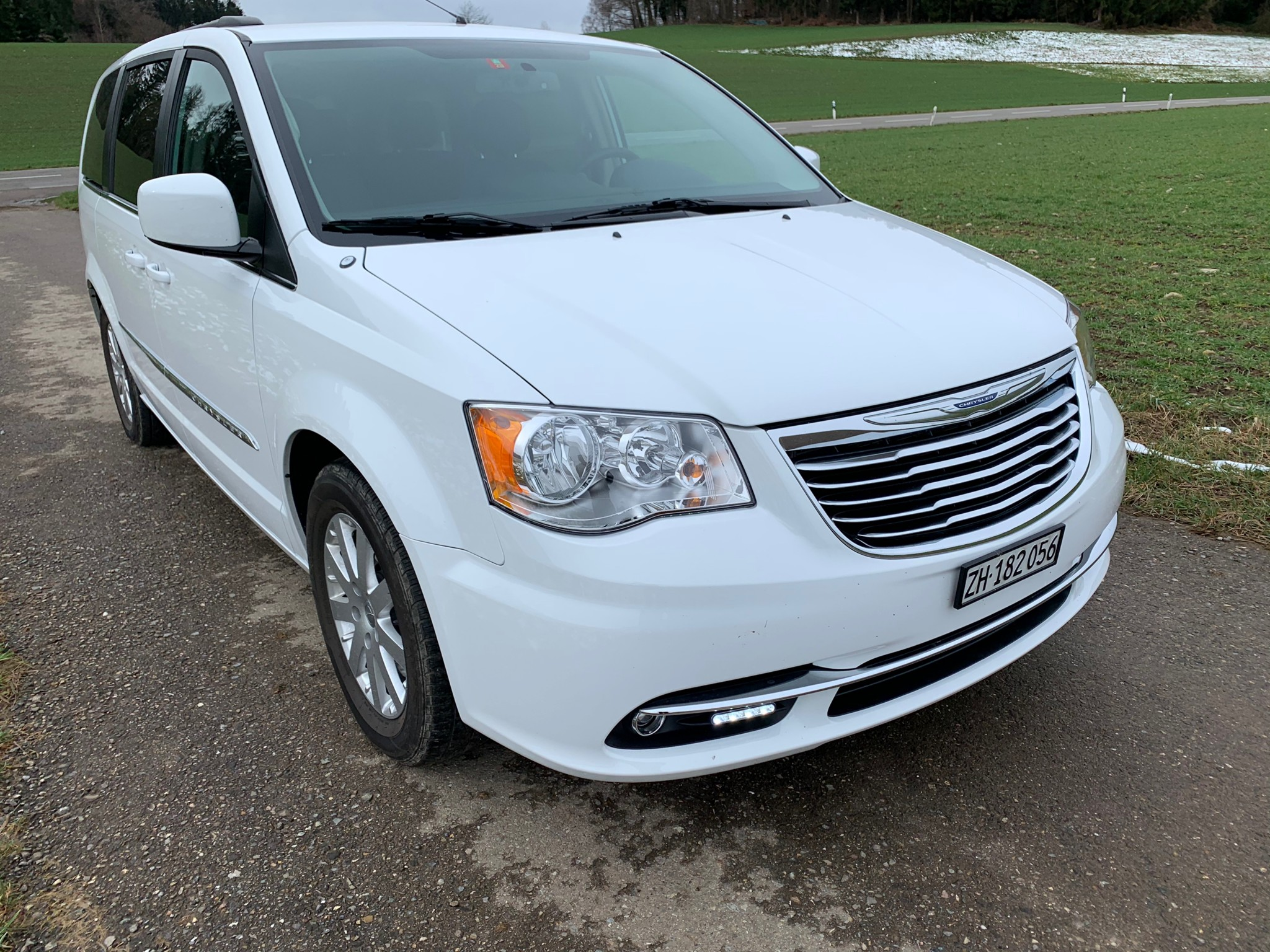 bus Chrysler Voyager Grand voyager town and country
