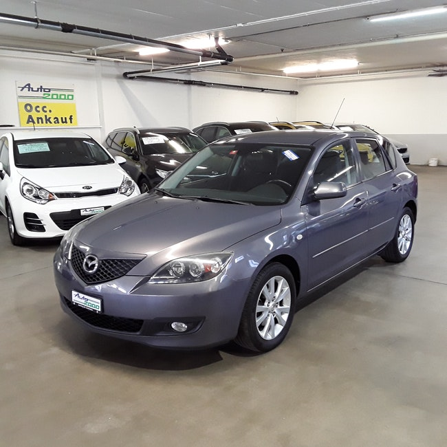 saloon Mazda 3 Hatchback 1.6 Confort