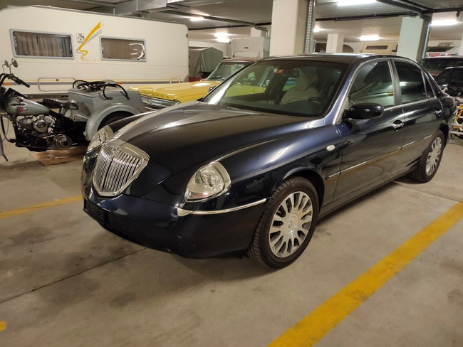 saloon Lancia Thesis 2.4 Executive