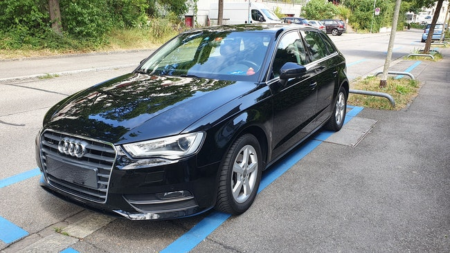 saloon Audi A3 Sportback 2.0 TDI 150 Attraction quattro
