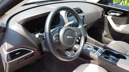Jaguar F-Pace Prestige 3.0 / Schweizer Fahrzeug 60'000 km CHF40'000 - kaufen auf carforyou.ch - 3