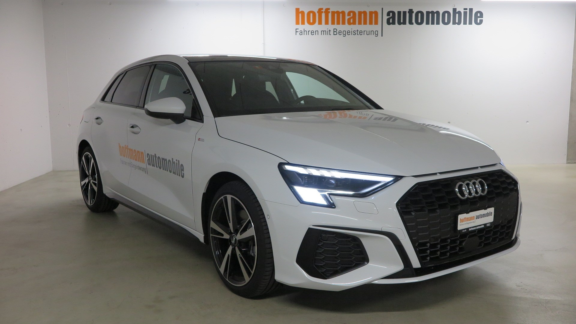 Buy Used Car Sedan Audi A3 Sportback 35 Tfsi S Line Attraction S Tronic 12000 Km At 44990 Chf On Carforyou Ch