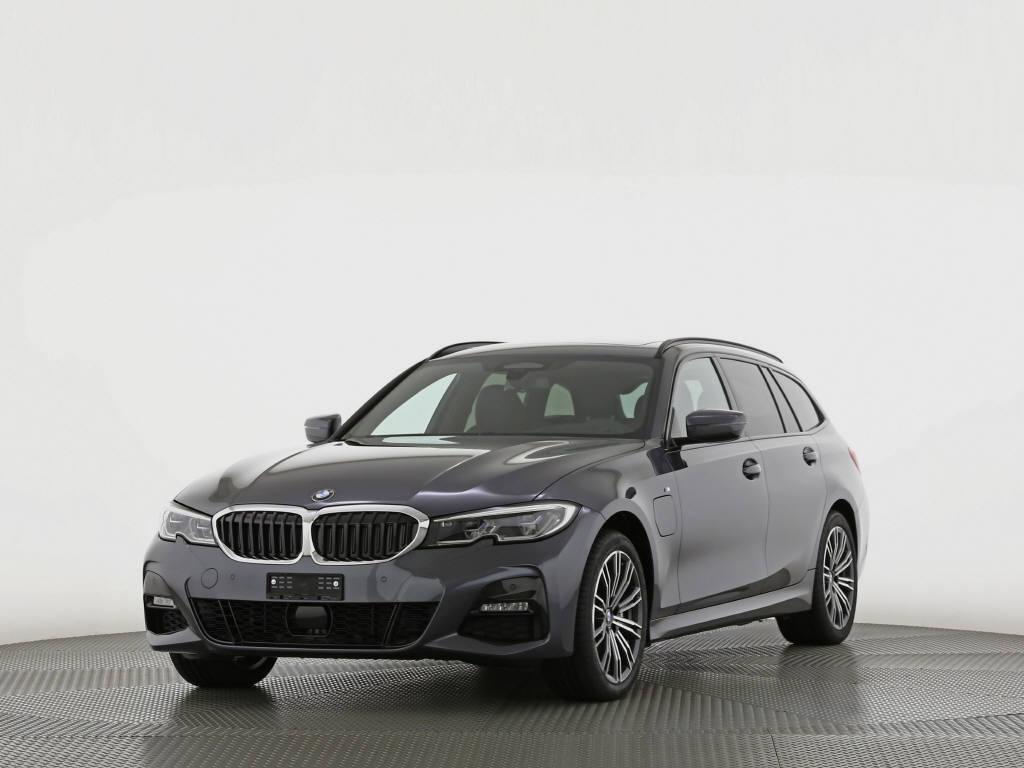 saloon BMW 3er 330e xDrive