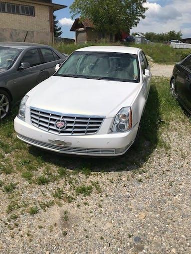Cadillac DTS Top Zustand 160'000 km CHF8'500 - kaufen auf carforyou.ch - 1