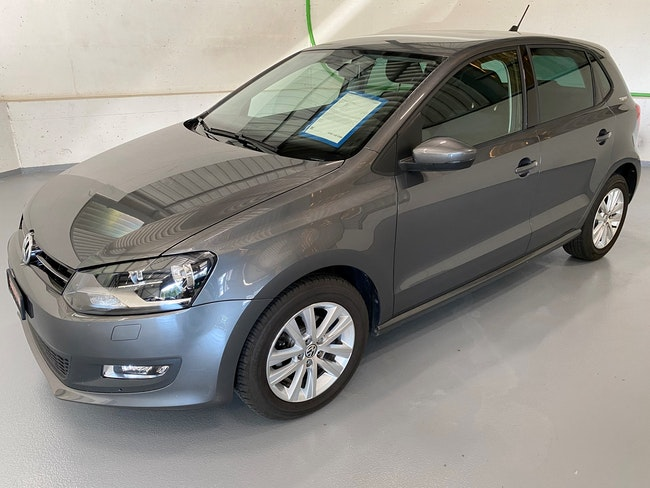 saloon VW Polo 1.2 TSI Design