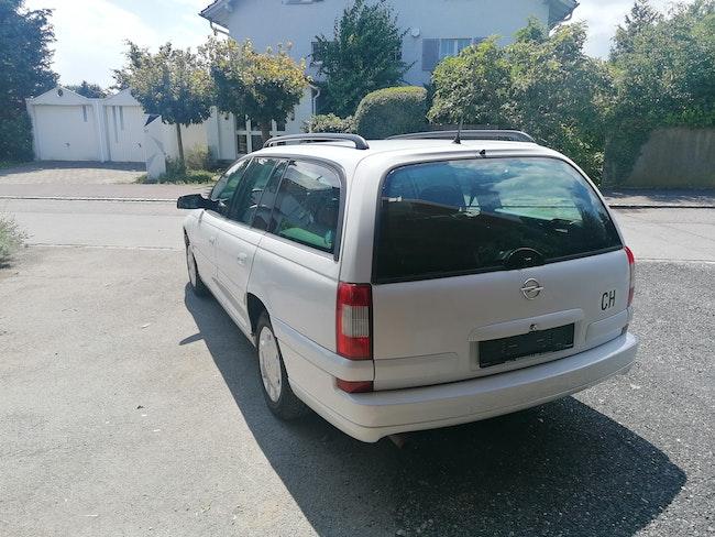 estate Opel Omega Caravan 2.2i 16V Comfort