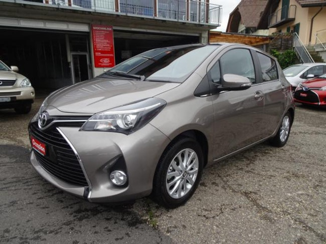 saloon Toyota Yaris 1.33 VVT-i Sol Premiuml MdS