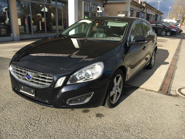 estate Volvo V60 D5 AWD Summum Geartronic