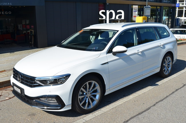 estate VW Passat 2.0 TDI BMT Elegance 4Motion DSG
