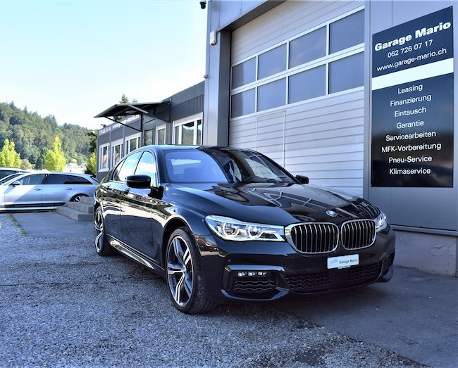 saloon BMW 7er 750i **M-Sportpaket** xDrive Steptronic