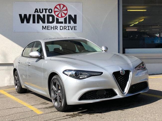 saloon Alfa Romeo Giulia 2.2 JTDM Busin. Q4
