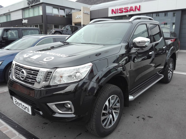 saloon Nissan Navara Double Cab Tekna 2.3 dCi 4WD Automatic