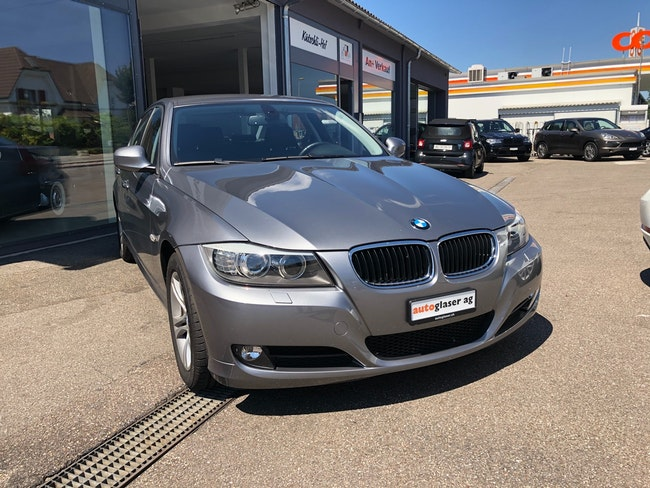 saloon BMW 3er 318i AccessPlus Steptronic