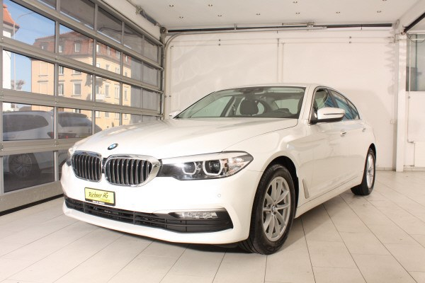 saloon BMW 5er 520d xDrive